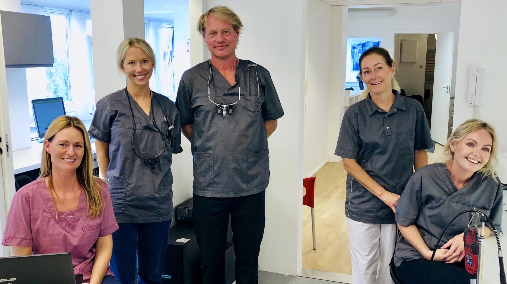 De ansatte hos Tannlegene på Torvet i Sandefjord