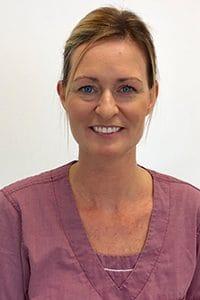 Tannhelsesektretær JANETTE WEUM